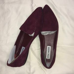 Steve Madden feather burgundy loafers. Sz 6.5